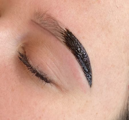 Sara Victoria Beauty Courses Book Online Henna Brows